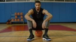 Видео: ВNike изобрели самозашнуровывающиеся кроссовки