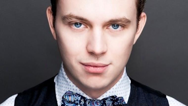 «Копия— дед»: Внука Андрея Миронова «рассмотрели» всети