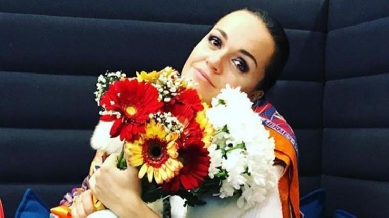 Певица Слава страдала отнасмешек вдетстве из-за редкой болезни