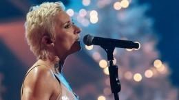 «Жесть!» Диана Арбенина разочаровала фанатов постельной сценой вновом клипе
