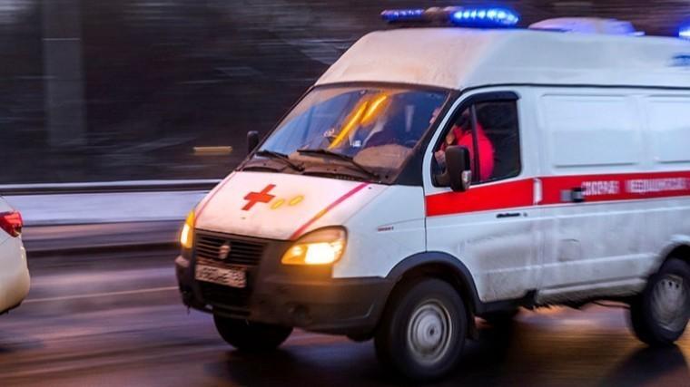 Автобус сдетьми перевернулся вКалужской области
