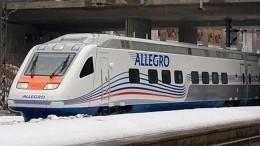 «Сидим, темно»: пассажир «Аллегро» рассказал оситуации востановившемся поезде