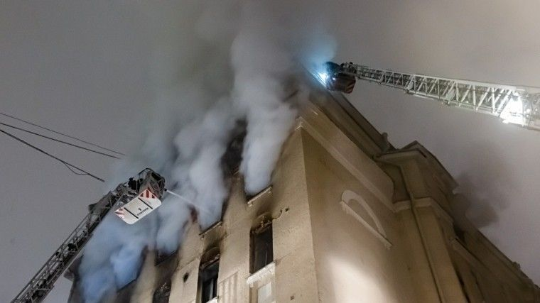 Эксклюзивные кадры: Стала известна причина большого числа жертв при пожаре в«доме знаменитостей»