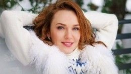 «Леди совершенство»: Джанабаева вышла всвет почти без макияжа