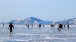 Видео: Назамерзшем Байкале прошел марафон «Ледовый шторм»