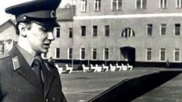 «Безусый солдатик»— Игорь Николаев поделился фото своенной присяги