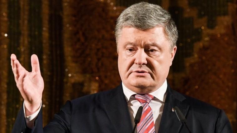 Порошенко вновь пожаловался нанежелание Путина говорить сним потелефону