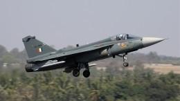 Авиакомпании массово приостанавливают полеты над Индией иПакистаном