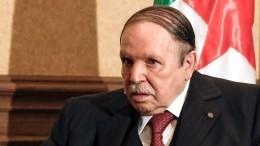 Президент Алжира экстренно госпитализирован вЖеневе