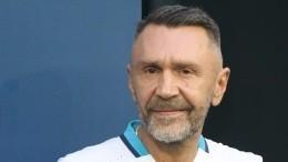 Шнуров уходит изInstagram из-за «блокировки стишков»
