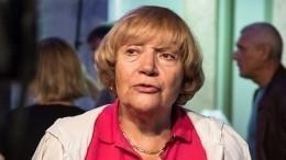 «Выходил насцену допоследнего»: Елена Санаева оскончавшемся Владимире Этуше