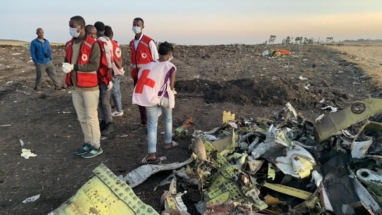 Китай приостанавливает эксплуатацию Boeing 737 Max после крушения вЭфиопии