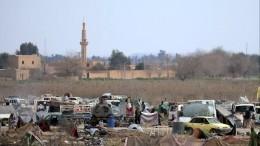 Видео: Военные РФпросят помощи ООН вэвакуации сирийских беженцев