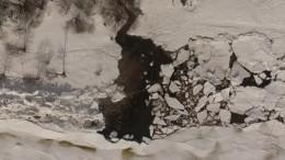 Завораживающие кадры: НаФинском заливе «вырос» гигантский ледяной хребет