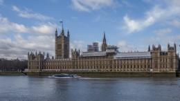 Британский парламент проголосовал заотсрочку Brexit