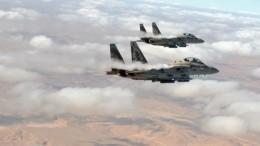 Израильские военные наносят удары поСектору Газа после обстрела Тель-Авива