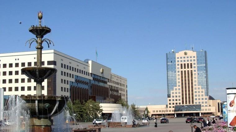 Парламент Казахстана одобрил переименование Астаны вНурсултан
