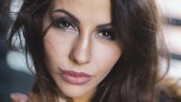 Видео: Беркова сбольничной койки рассказала, что сней произошло