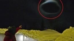 «Черная дыра!»— Жителей Мурманской области перепугало лентикулярное облако