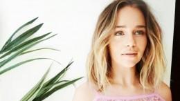Звезда «Игры Престолов» Эмилия Кларк рассказала опостельных сценах сКитом Харингтоном