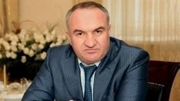 Суд продлил арест отца отстраненного сенатора Арашукова