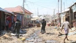 Видео: Мощный взрыв прогремел встолице Сомали