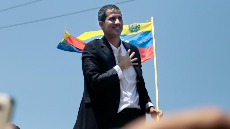 Власти Венесуэлы запретили Гуайдо занимать госпосты втечение 15 лет