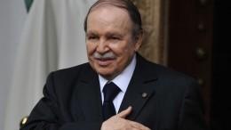 Президент Алжира уходит вотставку— СМИ