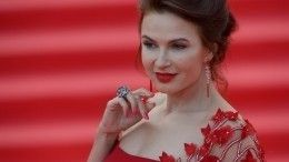 Звезде «Маски-шоу» Эвелине Бледанс— 50