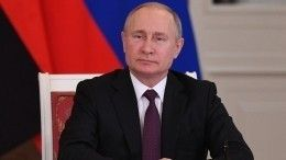 Видео: Владимир Путин провел оперативное совещание сСовбезом России
