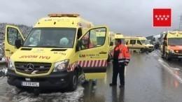 Неожиданный снегопад под Мадридом спровоцировал масштабное ДТП— видео