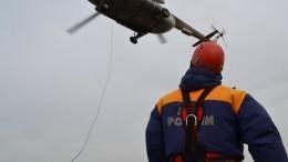 Восемь рыбаков спасли сгорящего катера вБаренцевом море