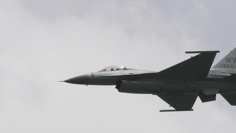 Как голландский F-16 подбил сам себя вовремя учений— фото