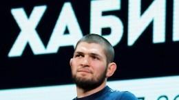 Хабиб Нурмагомедов отмечает годовщину чемпионства вUFC