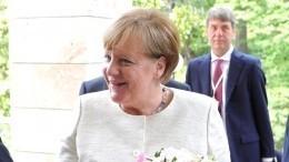 «Хромые утки» Евросоюза: Меркель невстретила Мэй вБерлине