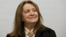 Ясновидящая рассказала опроклятии, лежащем натяжелобольной Маргарите Тереховой