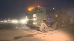 Видео: Колонна военной техники следует изАлабино вМоскву