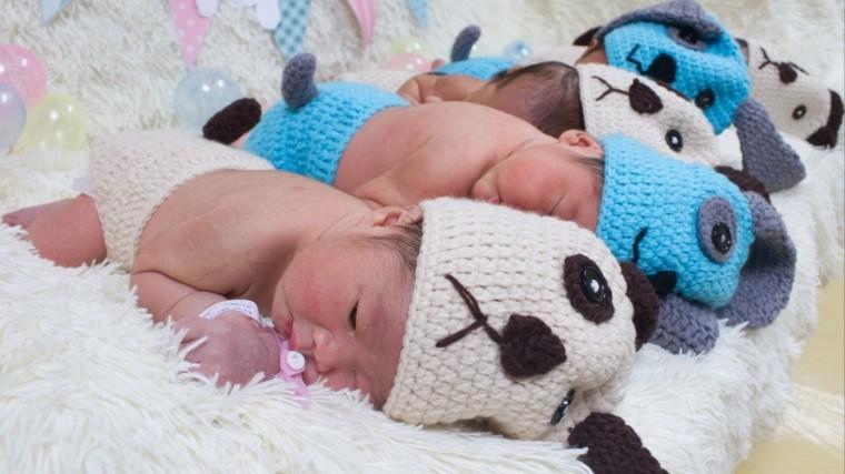 Уральскую медсестру уволили засбор вещей для новорожденных