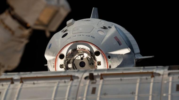 SpaceX сообщила онеполадках вовремя испытания двигателей Crew Dragon
