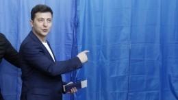 «Тызаходи, если что!»— глава МИД Украины оригинально поздравил Зеленского спобедой