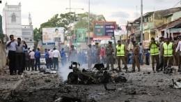 Видео: один изтеррористов-смертников незадолго доподрыва вШри-Ланке