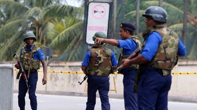 Полиция Шри-Ланки задержала еще двоих подозреваемых вовзрывах