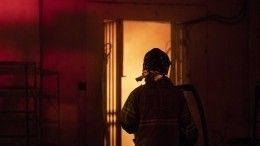 Видео: Мощный пожар произошел наскладе вСыктывкаре