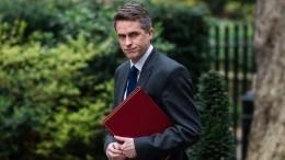 «Неутаил»— Министра обороны Великобритании отправили вотставку