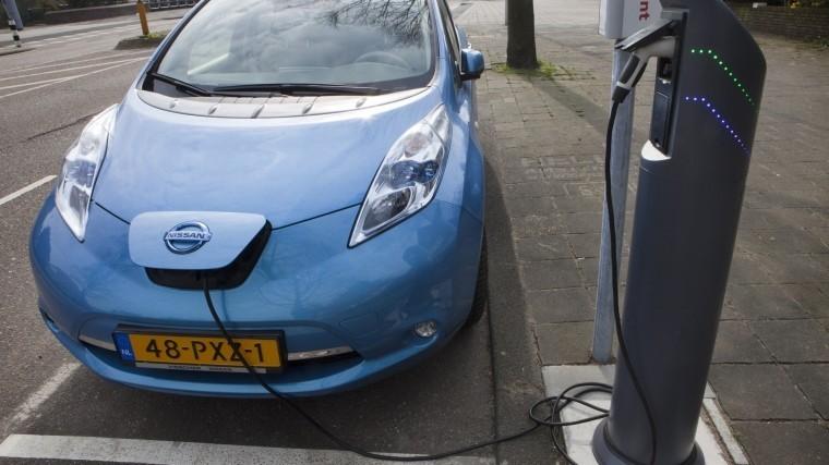Власти Амстердама вводят запрет наавтомобили надизеле ибензине