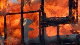 Видео: После взрыва газа вСтаврополье загорелся жилой дом, есть пострадавшие