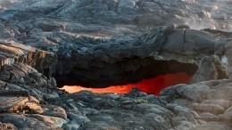 Турист-нарушитель упал вкратер вулкана наГавайях