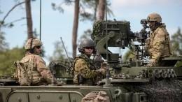 Военные НАТО осквернили памятник советским воинам вовремя учений вЭстонии