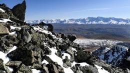 Семеро туристов изНовосибирска погибли под лавиной вГорном Алтае