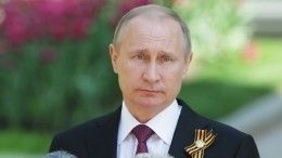Путин поздравил сДнем Победы народы Украины иГрузии